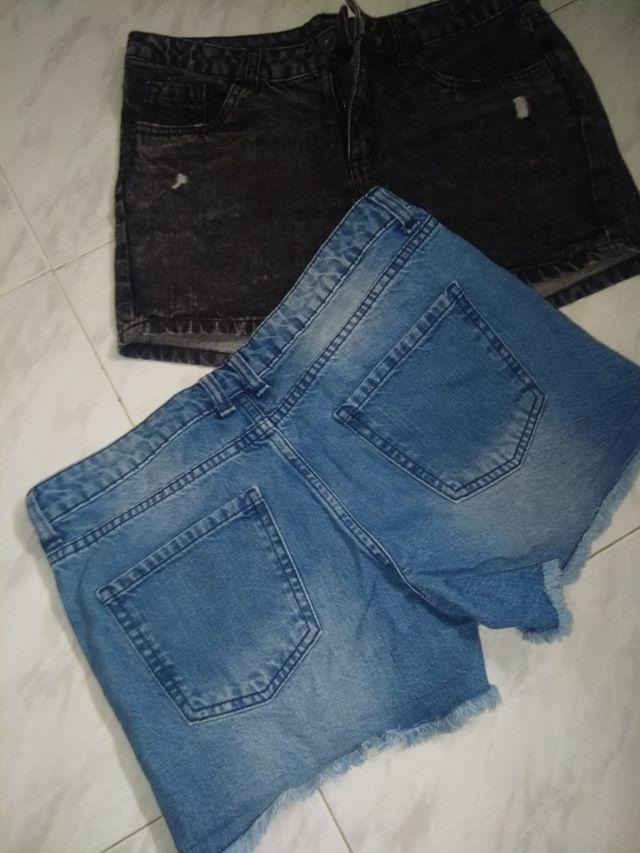 pantalones cortos de chica