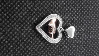 Love Hand to HandSilver Pendant 925S.S