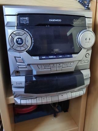 radio cassette CD con dos altavoces