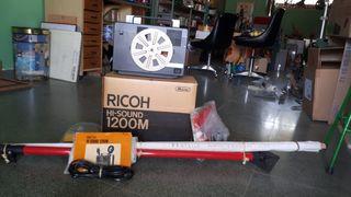 Proyector películas RICOH HI-Sound 122m