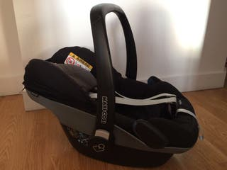 Maxi-Cosi Pebble - Black - Great conditions