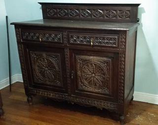 Alacena madera antigua. mueble Vasco.