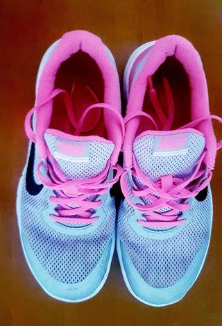 Deportivo running mujer Nike