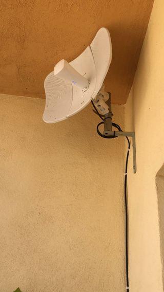 Se busca instalador antena wifi WiMAX fibra
