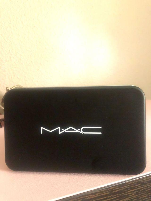 Set 12 brochas Mac !!