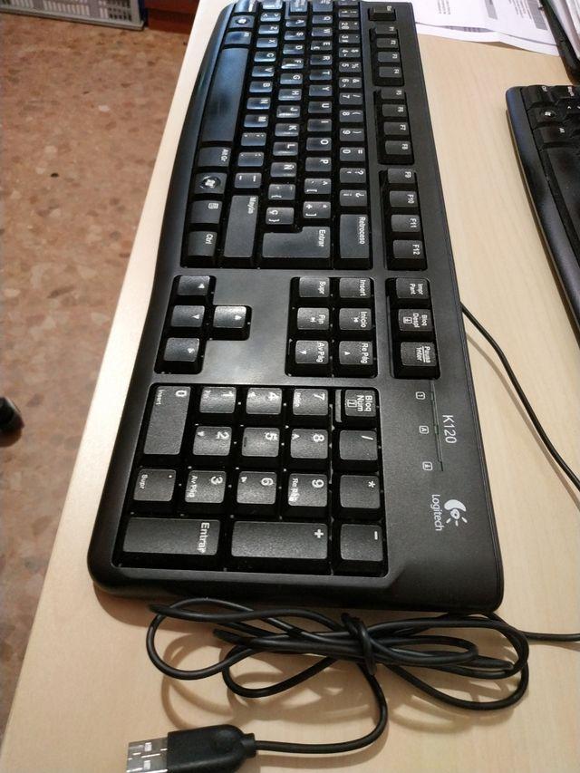 Vendo teclados Logitech K120 Business cable USB