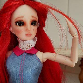 Muñeca articulada custom.