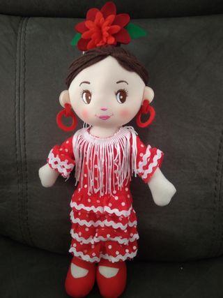 se vende muñecas