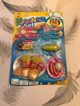 Set para cocinitas de juguete sin estrenar