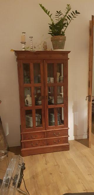 Vitrina, alacena, vajillero, mueble madera