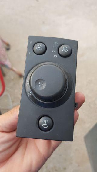 botón luces de opel meriva