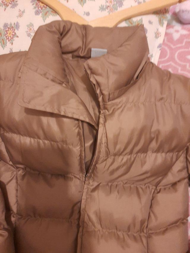 Abrigo tipo plumas d invierno talla XL.
