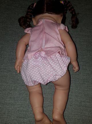 Preciosa muñeca Nueva