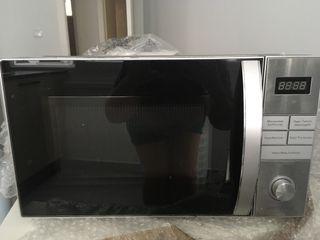 Vendo microondas prácticamente sin uso y nuevo