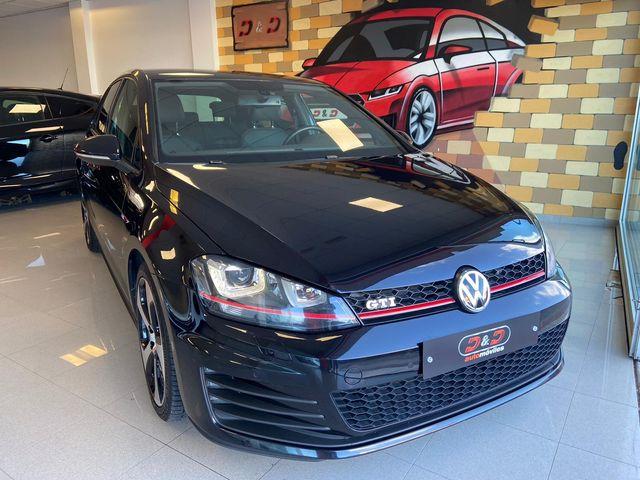Volkswagen Golf GTI Performance 2.0 TSI 230cv DSG
