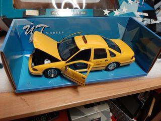 1/18 maqueta Ut Chevrolet Caprice taxi