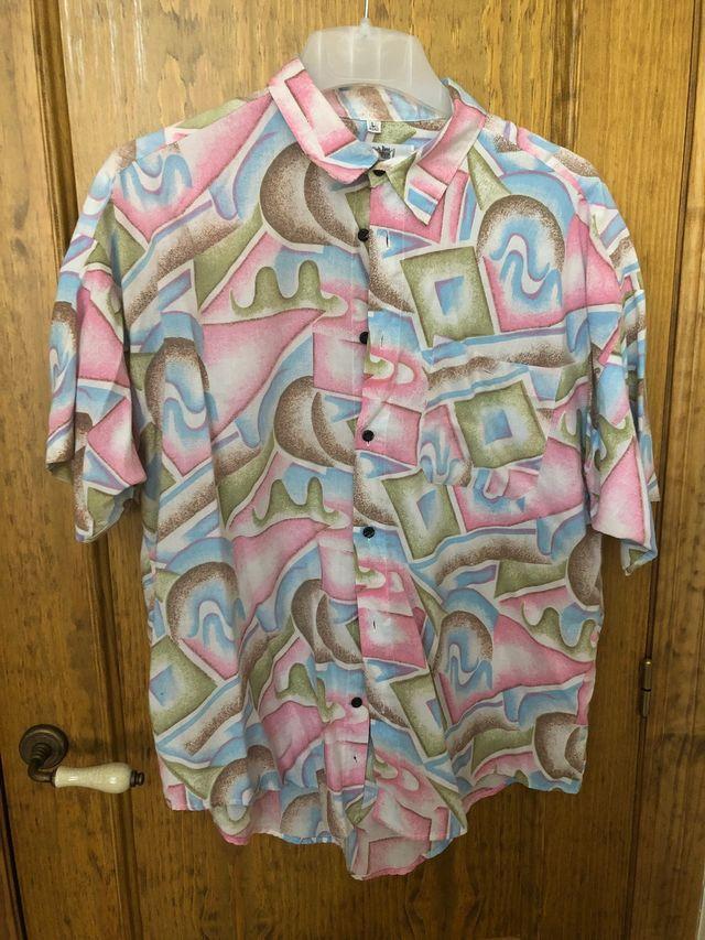 Camisa vintage 90s super colorida