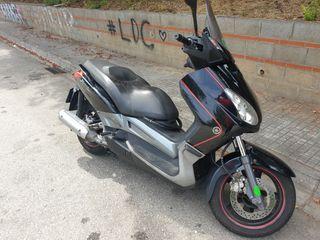 Yamaha XMAX 250 2008