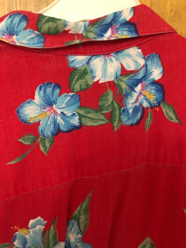 Camisa vintage veraniega flores
