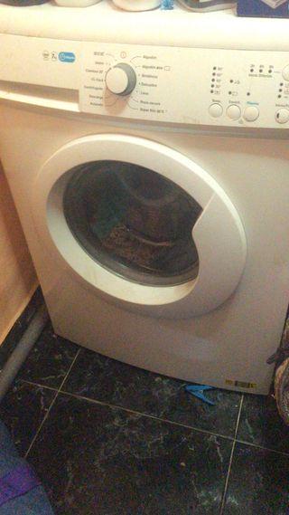 Vendo lavadora Zanussi 7k