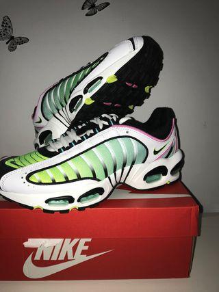 Nike Air Max Tailwind 4 Talla 42,4 Anuevas