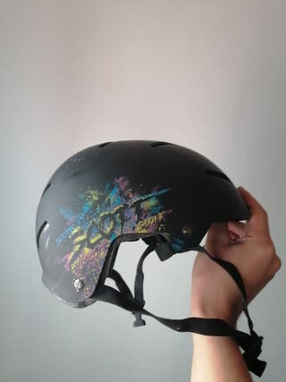Casco patinete o bici XL