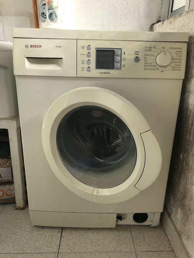 Lavadora Bosch 7 kg A+. URGE VENDER POR TRASLADO