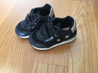 Zapatillas Geox número 22