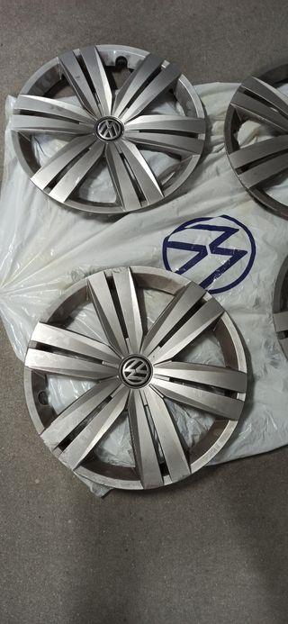 Tapacubos VW originales. 16 pulgadas.
