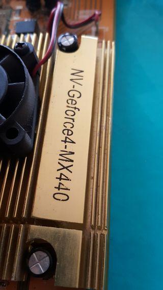 nVidia Geforce4 MX440 64mb agp 8x vga