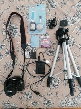 Canon camera+ tripode + Set completo