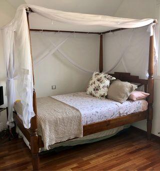 Espectacular cama Balinesa