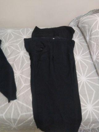 2 Pantalones casual