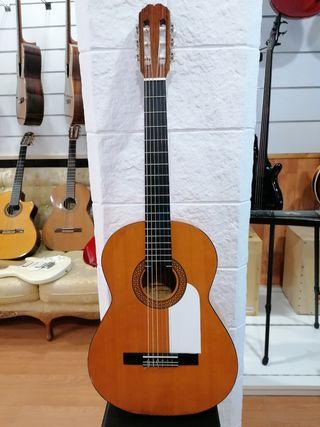 Guitarra Admira modelo Flamenco