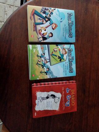 vendo tres libros. Diario de greg y futbolisimos