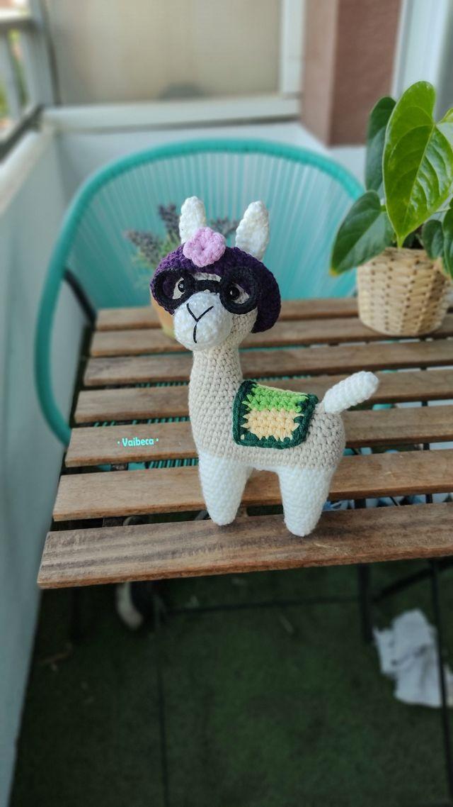 Muñeca llama ganchillo/crochet para bebés o niños