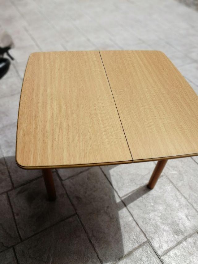 Mesa cocina salón