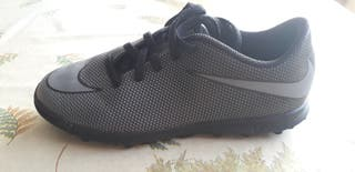 Botas futbol Nike T35