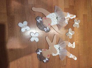 Siluetas Bailarinas de Cartón piedra y 4 mariposas