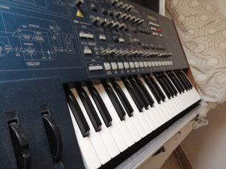 piano sintetizador korg ms 2000