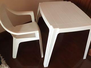 Mesa y silla niños
