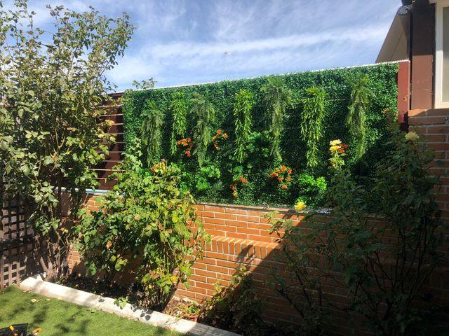 jardín para valla