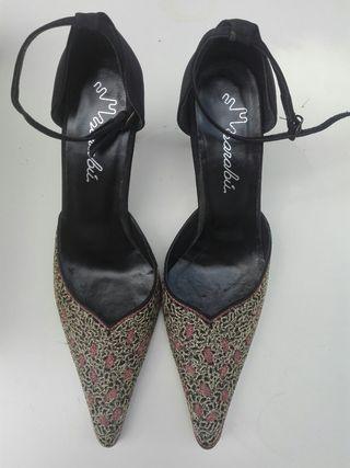 Zapatos de piel de mujer fiesta NUEVOS. Talla 41