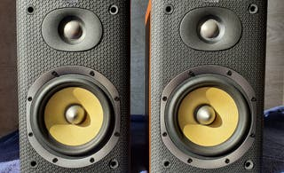 Altavoces Bowers Wilkins DM600 S3