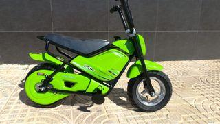 Moto eléctrica infantil Color VERDE