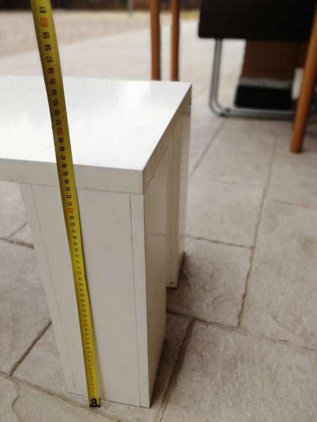 mesa blanca Lacada