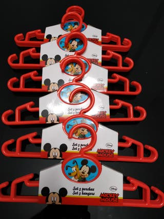 Perchas de Mickey Mouse ropa niños y niñas