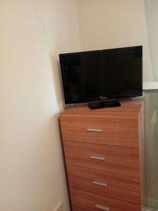 se vende televisión