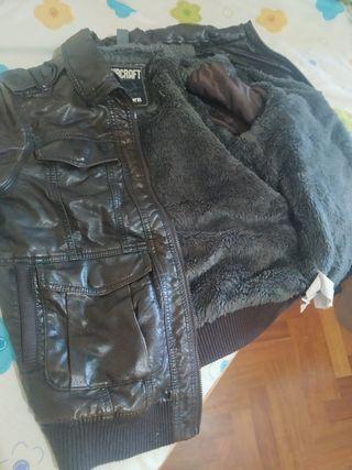 chaqueta de cuero marrón oscuro talla niño