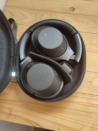 SONY Headphones WH 1000 MX 2